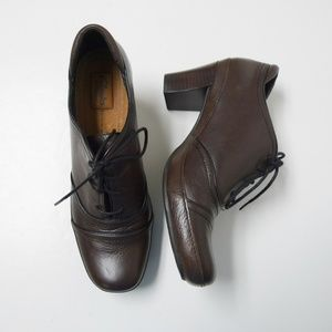 Clarks Artisan brown lace up heeled shoes
